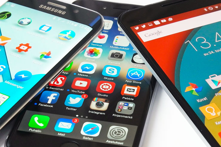 iPhone 6, Nexus 6, Galaxy S6 edge